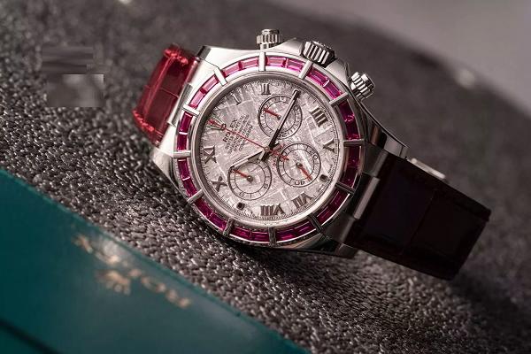 Đồng hồ Rolex mặt thiên thạch sang trọng và đẳng cấp - 3