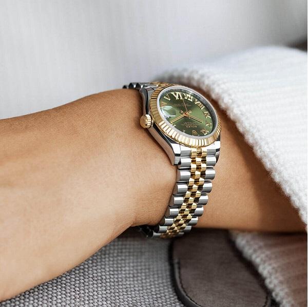 3 chiếc đồng hồ Rolex mặt xanh được yêu thích nhất - 4